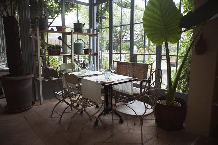 Tortona cafe, Milan, Italy