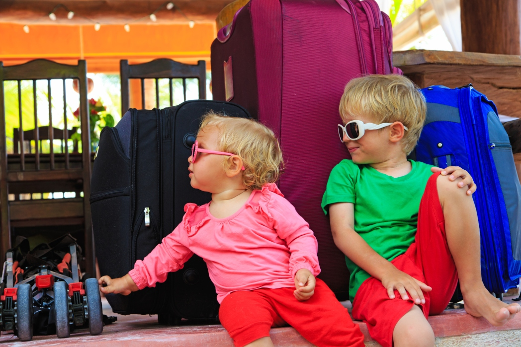 Kids with suitcases