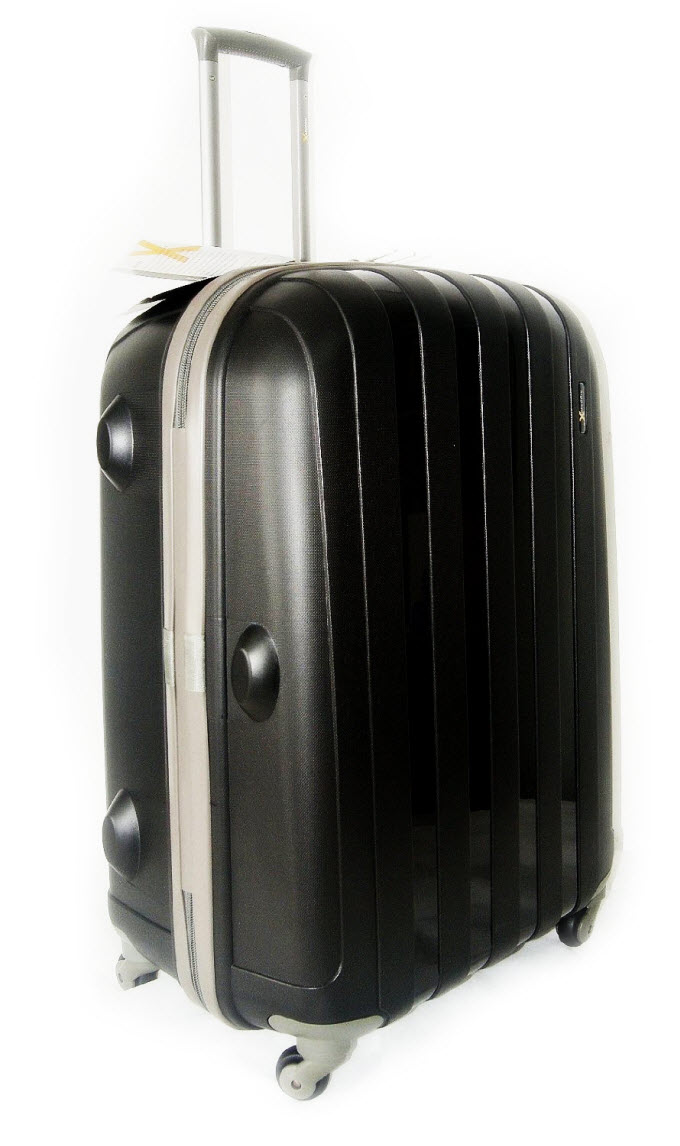 Best Luggage Reviewed 8 Suitcases Tested To Destruction